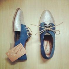 Me acaban de llegar estos preciosos zapatos de #KMB que me tocaron en el concurso de #Tendenciastv! Por supuesto mañana los estreno! Muchas gracias a los dos!