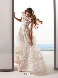 New Collection 13 | #lesposedigio #bridaldress #madeinitaly | www.lesposedigio.com