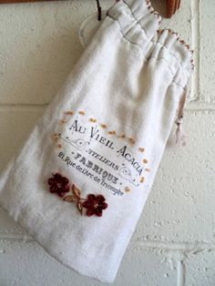 French country laundy bag