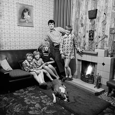 Martin Parr: 48 Years of Photographing the Quirky and Kitschy in Manchester - The New York Times People Photography, Vintage Photography, White Photography, Street Photography, Photography Projects, Photography Tips, Landscape Photography, Portrait Photography, Fashion Photography