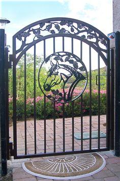 horse gates | Horse Head Gate