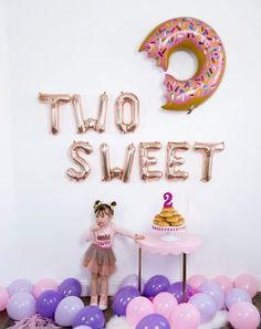 Inspired Life The post Inspired Style. Inspired Life 2019 appeared first on Birthday ideas. 2 Year Old Birthday Party Girl, 2nd Birthday Party Themes, Second Birthday Ideas, Donut Birthday Parties, Baby Girl Birthday, Birthday Party Decorations, Party Favors, Princess Birthday, Frozen Birthday