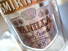 Chai Vanilla Vodka with Club Soda. Vanilla Chai, Vanilla Vodka, Alcoholic Drinks, Beverages, Good Food, Fun Food, Simple Syrup, Root Beer, Soda