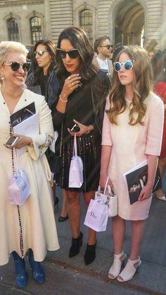 Paris, Fashion Week  Www.1-Paris.com #pfw2015  #parisfashionweek  #FashionWeek  #ChampsElysees_Paris  #parisstreetfashion  #parisstreetstyle  #streetstyle  #fashion   #fashionista #PFW15  #parisfashion  #lovefashion