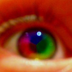 Describe tu pin...Eye
