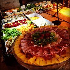 Algumas das Variedades de Nosso Buffet. Restaurante Espaço Candelária!   Restaurante e Eventos. Rua da Candelária, 9 - 13º andar Centro, Rio de Janeiro - RJ Telefone: (21) 2203-1322  www.espacocandelaria.com.br eventos@espacocandelaria.com.br  http://espacocandelaria.tumblr.com/ https://pinterest.com/EspaCandelaria http://instagram.com/espacocandelaria   #espacocandelaria #espacocandelariario   Espaço Candelária Rio