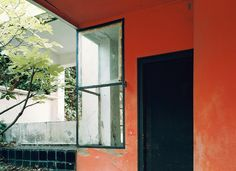 The great Irish designer and architect Eileen Gray spent her life creating for the now; when she died in 1976 at the age of 98, she was ent...