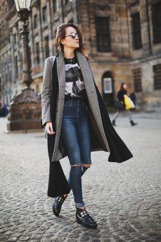 cozy long cardigan, ripped jeans + band tee #streetstylebijoux, #streetsyle, #bijoux