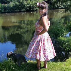 Natural ♡ @vivienofholloway #vivienofholloway #hairflower #lake #staffy #nofilter #happy #relaxed #noshoes #50s #50style #50sfashion #50spinupfashion #50spinup #pinupgirl #tattopinup #tattoedpinup #retro #retrofashion #retrostyle #retroclothing #50spinupfashion #50spinupclothing #50sclothing #bluestaffy #petticoat #pearls #hairflower #tattoogirl #tattopinup #tattoedpinup #chiddingstonecastle