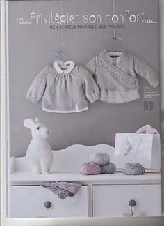 ideas crochet baby boy layette for girls Knitting Books, Knitting For Kids, Baby Knitting Patterns, Tricot D'art, Baby Kids, Baby Boy, Crochet Baby Beanie, Knit Baby Sweaters, Girl Beanie