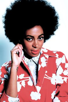 Fro love.. I love solange... I'm seriously obsessed with her hair..