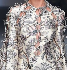 patternprints journal: PATTERNS, PRINTS, TEXTURES AND SURFACES INTO F/W 2016/17 FASHION COLLECTIONS / NEW YORK 14 - Zimmermann