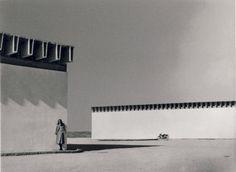 Bodegas Garvey, en Jerez de la Frontera (Cádiz), 1969, de Miguel Fisac, de un fotógrafo anónimo.