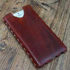 iPhone leather case http://www.raspberryheels.com/shop/produkt,en,stylish,iphone-case-dark-brown.html