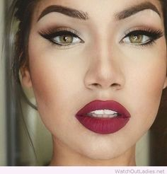 Green eyes and red lips are the combination you simply can't ignore! Trending Look of this year! Try it out <3