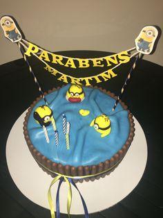 O bolo dos Minion para o 6 aniversario do Martim. Foi escolhido por ele.