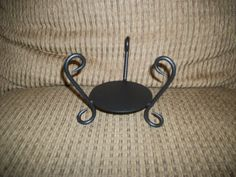 For Every Home - Round Platform Wire candle holder - $11