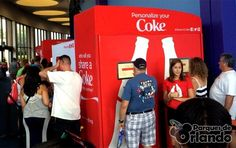 #shareacoke #Coke Crie uma lata personalizada de Coca-Cola com seu nome nos parques da Flórida, gratuitamente!