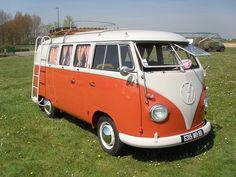 Volkswagen combi orange et blanc  by gueguette80, via Flickr