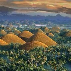 Chocolate Hills in Bohol Philippines www.jdtraveltours.com
