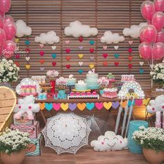 👏👏👏👏👏👏 from - Chuva de amor p linda Valentina! Cloud Party, Baby Birthday, 1st Birthday Parties, One Year Birthday, Diy Party, Birthday Party Decorations, Holidays And Events, Baby Shower Themes, Party Time