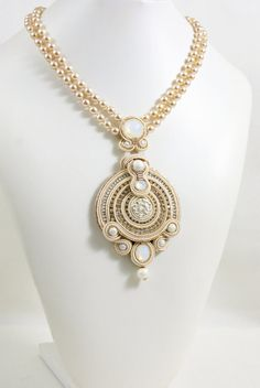 Soutache Pendant / Necklace creme beige gold by BeadsRainbow Cheap Pearl Necklace, Pearl Necklace Vintage, Cultured Pearl Necklace, Cultured Pearls, Emerald Pendant, Gold Pendant Necklace, Glass Necklace, Beaded Necklace, Soutache Pendant