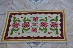 Resultado de imagem para tapetes de arraiolos