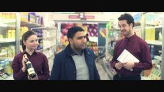 Are you distracting your customers, and deterring them from buying what they really want on your site? This humorous video highlights how some missteps in the online shopping experience would look if they actually played out in real life. Content Marketing, Online Marketing, Digital Marketing, Business Marketing, Marketing Videos, Web Analytics, Google Analytics, Small Business Web Design, Landing Page Optimization