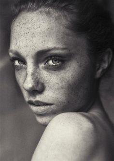 Marilyn > Paris > Models > New Faces > Henriette Bloch