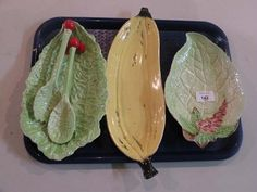 Fun Antiques - A Carlton ware leaf mould decorated dish, another salad dish with servers and a banana design fruit dish. Salad Dishes, Fruit Dishes, Mexican Menu, Carlton Ware, Antique Perfume Bottles, Antique Auctions, Plates And Bowls, Vintage Dishes, Ceramic Pottery