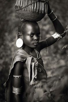 Travel black and white in the valley of the Omo