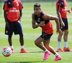 Sanchez chases the ball as he looks to help his side to only their second win of the seaso...