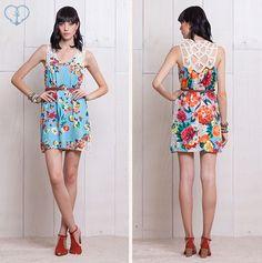 Pra vestir a primavera: Vestido Cesta de Flores! ✿‿✿  Tecido leve, estampa alegre e maravilhosa aplicação de rendado nas costas!