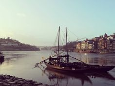 Meu Porto ⚓ #portugal #beauty #dayoff #walkingaround #happy #happiness #iloveporto #love #light #gaia #photografy Day Off, Gaia, Sailing Ships, Portugal, Personality, Happiness, My Love, Happy, Beauty