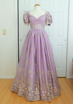 Victorian gown, vintage princess, fairytale fashion, grad dresses, formal d Rapunzel Costume, Rapunzel Dress, Disney Princess Dresses, Disney Dresses, Angela Clayton, Grad Dresses, Evening Dresses, 1950s Dresses, Homecoming Dresses