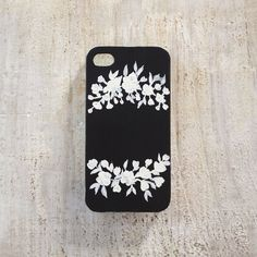 Black & White Floral iPhone 4 or 4s case