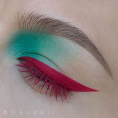 Love the liner and mascara color!
