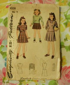 Simplicity 4508 Vintage 1940s Day Dress by EleanorMeriwether, $4.00