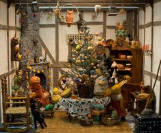 this is a miniature diorama showing many desirable Halloween collectibles: JOLs, candy containers, Halloween lanterns, etc.