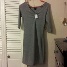 Gray Bodycon Dress Grey bodycon dress. Ruching on the front. Rue 21 Dresses