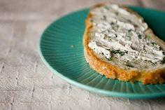 herb goat cheese from pasteurized goat milk.