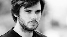 Où vit le rappeur Orelsan ? Rap Singers, Interview, People Names, Image News, Trees To Plant, Famous People, Inspiring People, Actors, Rapper