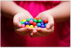 Remedies For Reflux - Chewing Gum Me Ignore, Icebreaker Activities, Attitude Of Gratitude, Chewing Gum, Gumball, Social Skills, Parenting Hacks, Parenting Plan, Teaching Kids