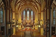 St. Cyriakus (Duderstadt) – Wikipedia Blick auf den Hauptaltar im Hochchor