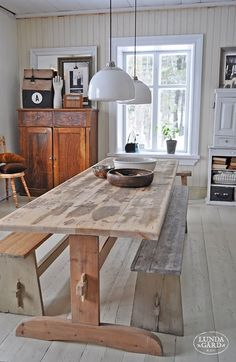 65 Gorgeous Farmhouse Dining Room Table and Decorating Ideas - Homemainly Metal Dining Table, Dining Area, Kitchen Dining, Dining Room, Trestle Table, Table Bench, Dining Tables, Rustic Kitchen, Bench Seat