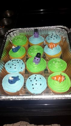 Sealife Baby Shower cupcakes by Kat