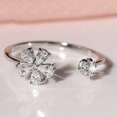 Beautiful Flower Diamond Silver Ring