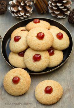 Biscuits, Desserts, Food, Crack Crackers, Tailgate Desserts, Meal, Cookie Recipes, Dessert, Eten