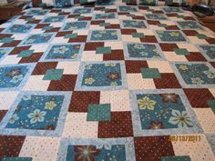 Alternating 4 Patch. I have made this quilt in similar colors to this