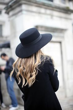 I might have to find a creative way to bring a hat like this! Super chic and covers up any hair disaster from the long days and nights on the to! @Kayleigh Holton